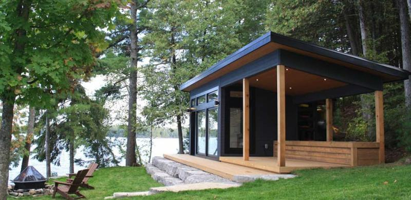 Bunkie facing out onto a lake in the Kawarthas